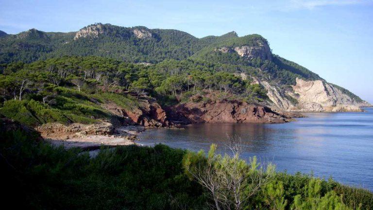 Majorque et ses côtes multicolores