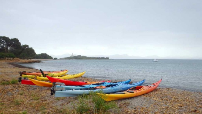 Kayaks prêts au départ à Alcúdia