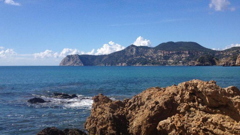 Azur, ocre et turquoise
